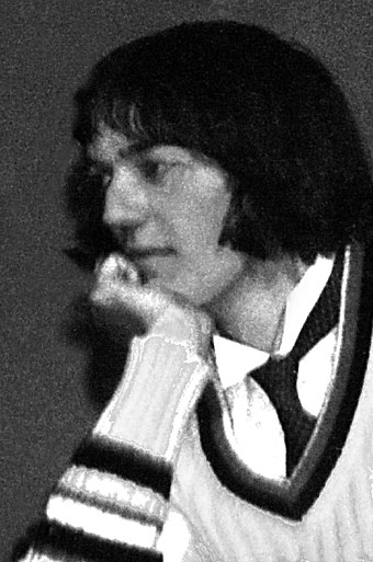 Fry at rehearsals for student production of A Midsummer Night's Dream at Norfolk College of Arts and Technology, 1975 Stephen Fry at Norcat (cropped).jpg