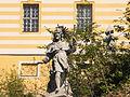 Stift Melk Heiligenstatue.JPG