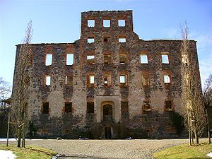 Stjärnorp Castle - Stjärnorp Castle, main ruins
