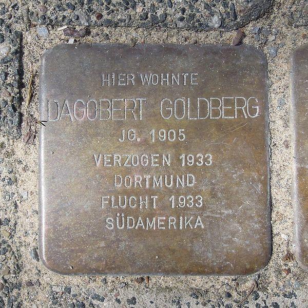 File:Stolperstein Brilon Gartenstraße 13 Dagobert Goldberg.JPG