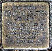 Stolperstein Jahnstr 2 (Kreuz) Otto Peltzer