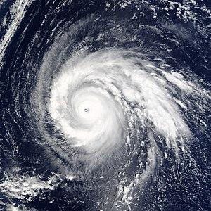 Typhoon Higos (2002) - Image: Super Typhoon Higos 2002