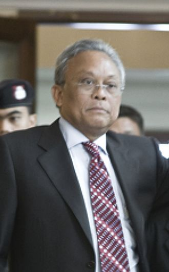 2010 Thai political protests - Deputy Prime Minister and Secretary General of the Democrat Party of Thailand Suthep Thaugsuban: relieved of security portfolio on 16 April 2010
