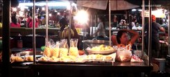 Податотека:THAILAND KRABI NIGHT MARKET Nachtmarkt - Slow Motion タイ ประเทศไทย תאילנד.webm