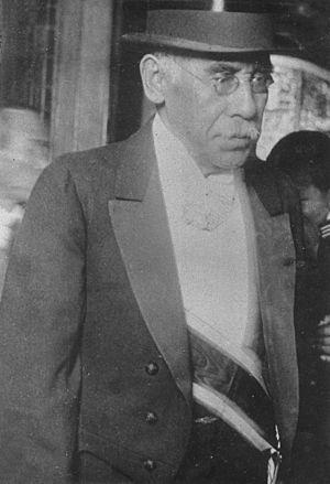 Katō Takaaki - Katō Takaaki in suit.