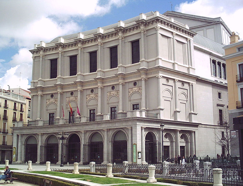 Archivo:Teatro Real (Madrid) 01.jpg