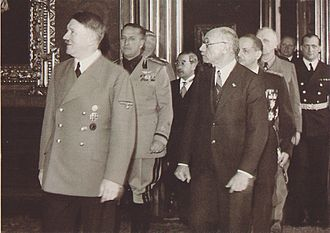 Pál Teleki - Pál Teleki with Adolf Hitler, when Hungary joined the Tripartite Pact on 20 November 1940