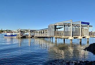 Teneriffe ferry wharf in Brisbane, June 2019, 04.jpg