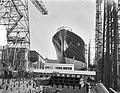Tewaterlating schip van Rusland OGB, Bestanddeelnr 906-0302.jpg