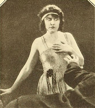 The Idol of the North - Dorothy Dalton in the film
