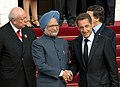 The Prime Minister, Dr. Manmohan Singh being welcomed by the French and EU President, Mr. Nicolas Sarkozy at the 9th Indo-EU Summit, in Marseille, France on September 29, 2008.jpg