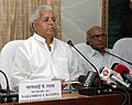 "The Union Minister for Railways, Shri Lalu Prasad addressing at the release of a book, titled ""Bharat Mein Kushti Kala Ka Udbhav avam Vikas"" written by Shri Tejpal Dalal, in New Delhi on August 30, 2007.jpg"
