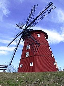 The wind mill on Lurudden, Strängnäs, Sweden.JPG