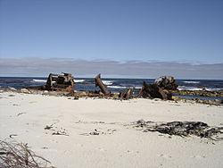 Thomas Tucker shipwreck 24 Jun 2006.JPG
