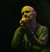 Tim Booth (James) (Haldern Pop Festival 2013) IMGP5272 smial wp.jpg