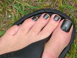 Toe Nail Colour For Brown Shoes