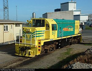 Glossary of New Zealand railway terms - DAR 517 in Corn-cob livery