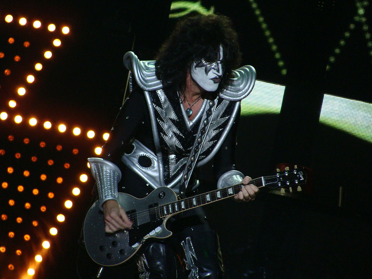 Tommy Thayer – Wikipedie