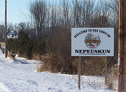 Entering Nepeuskun heading south on Cty E