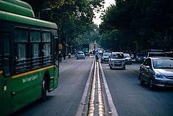 Traffic in urban India.jpg