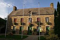 Trans-la-Forêt - mairie.jpg