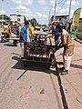 Transport de fer pour travail de soudure à Calavi.jpg