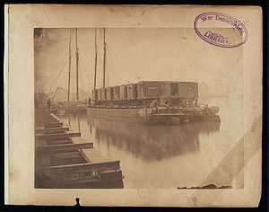 United States Military Railroad - Transportation on the Potomac. Cars loaded at Alexandria can be carried on barges or arks to Aquia Creek, and sent to stations where the Army of the Potomac is supplied, without break of bulk.