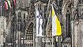 Trauerbeflaggung Kölner Dom zum Tod von Kardinal Meisner-6388.jpg