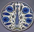 Turkish - Iznik Fritware Plate - Walters 482057.jpg