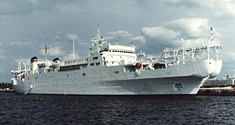 Cable layer - USNS Zeus, with both bow and stern sheaves