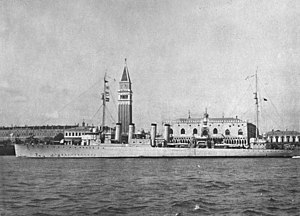 USS Lansdale (DD-101) at Venice, Italy in 1919 (NH 51246).jpg