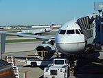 United A319 at ORD (22747809068).jpg