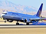 United Airlines Boeing 737-924-ER N53442 - 0442 (cn 33536-3027) (5861267000).jpg
