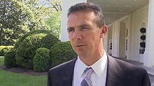Urban Meyer at the White House 4-23-09 1.JPG
