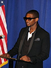 family background information about usher raymond