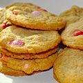 Valentine's Day M&M cookies (12466983413).jpg