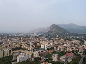 Carini - Image: Veduta Dal Castello