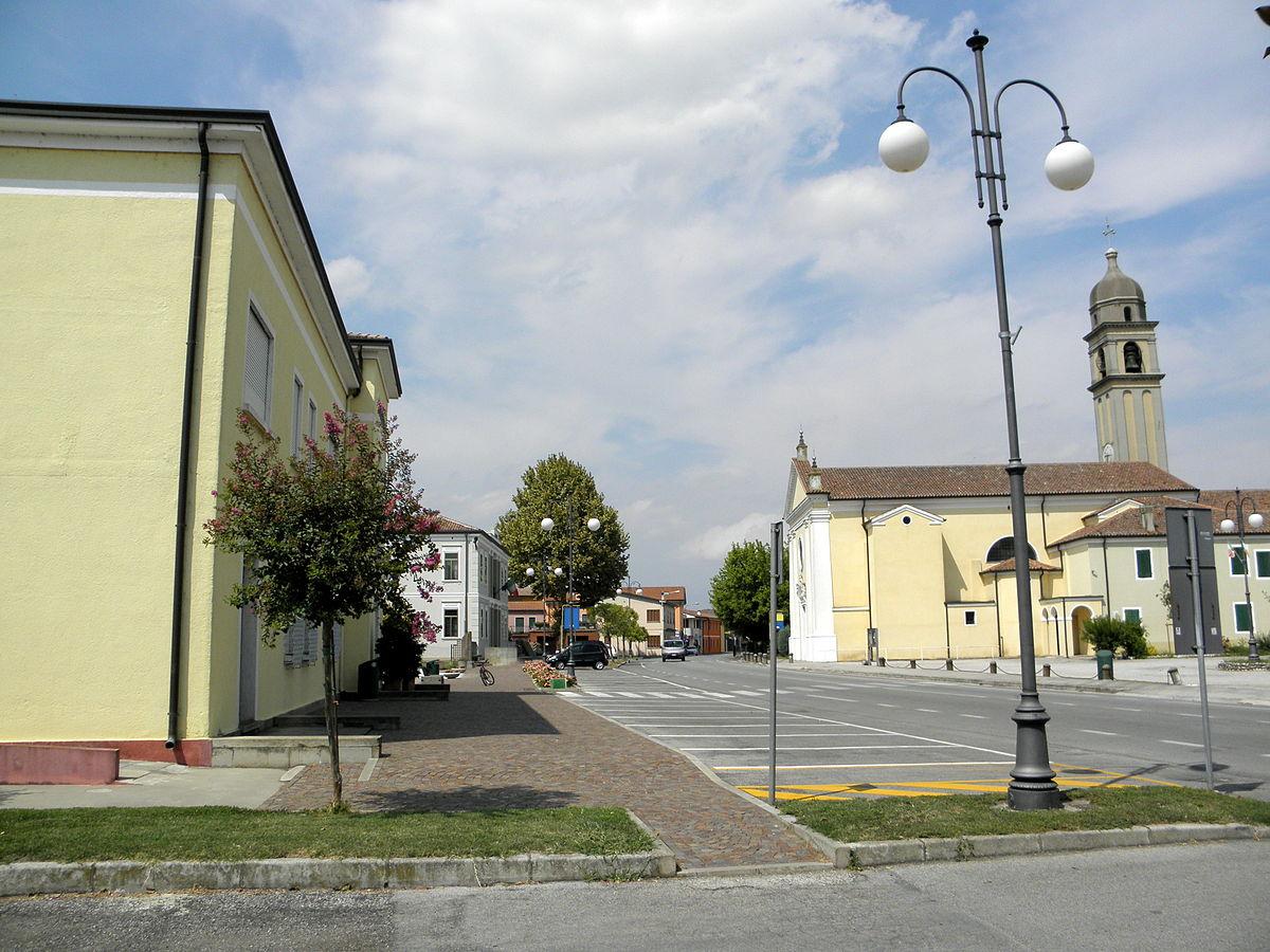 Via Legnaro  Villa Estense