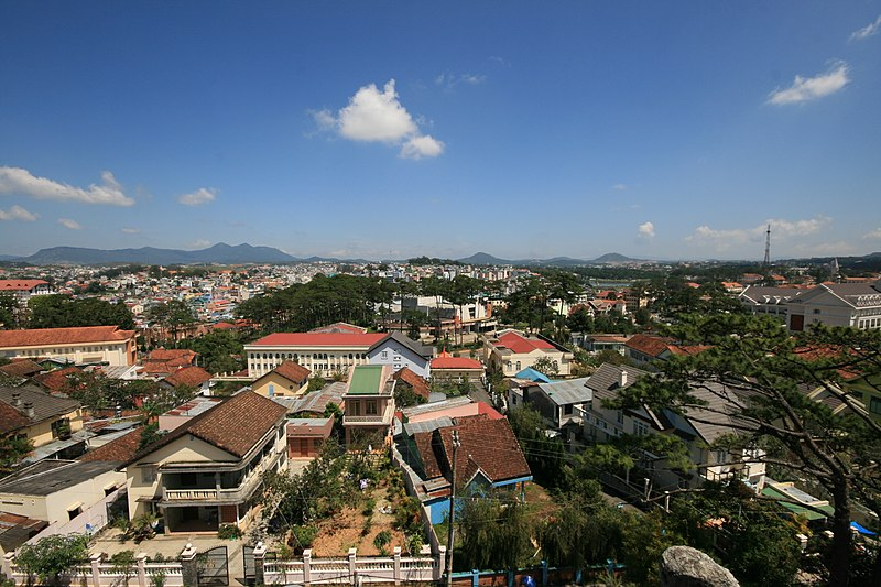Tập tin:View of Da Lat 02.jpg
