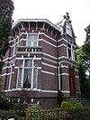 foto van Villa in een Eclectische stijl met Chalet- en Art Nouveaustijl-elementen