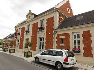 Villeneuve-Saint-Germain - The town hall of Villeneuve-Saint-Germain