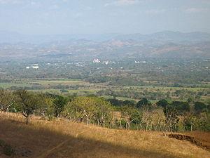 San Miguel Department (El Salvador) - Image: Vista desde el valle de la ciudad de San Miguel