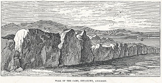 Wall of the camp, Din-Sylwy, Anglesey
