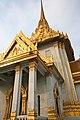 Wat Traimit Temple (8282532138).jpg