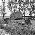 """Watermolen """"De Poelen"""", van de Oosterpolder, in restauratie vijzelbak met kap. - Dronrijp - 20064748 - RCE.jpg"""