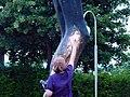 Weeping Statue (5821303350).jpg