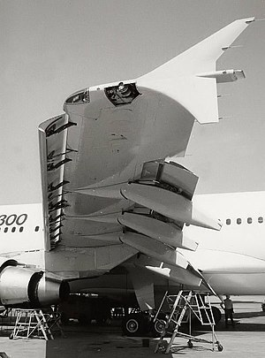 Leading-edge slat - The position of the leading-edge slats on an airliner (Airbus A310-300). In this picture, the slats are drooped. Note also the extended trailing edge flaps.