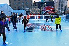 Xtraice ice rink at the Hockeyville in Detroit (14257374209).jpg