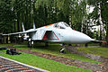Yakolev Yak-141 (Yak-41M) 75 white (really 77 white) (8457077020).jpg