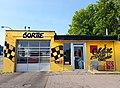 Yellow Car Wash (27786335053).jpg